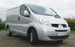Где выгодней покупать новые и б/у запчасти на Renault Trafic?